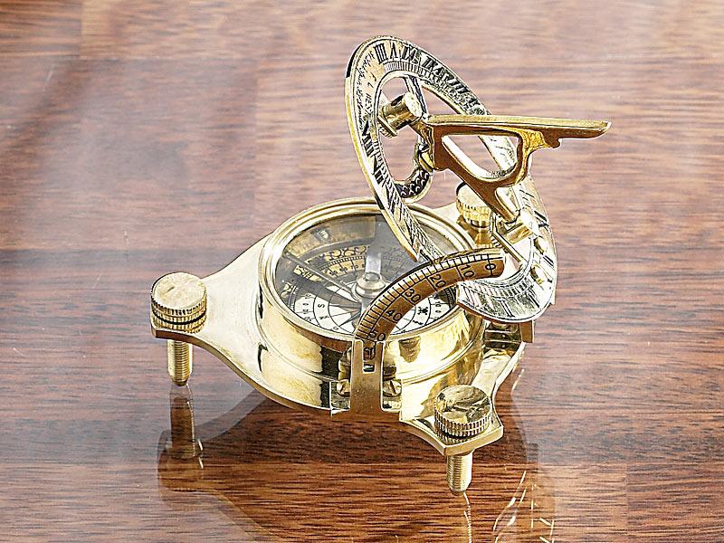 EDEL Sonnenuhr mit Kompass Uhr Messing Seefahrer Astronom 18. Jhd Geschenkidee